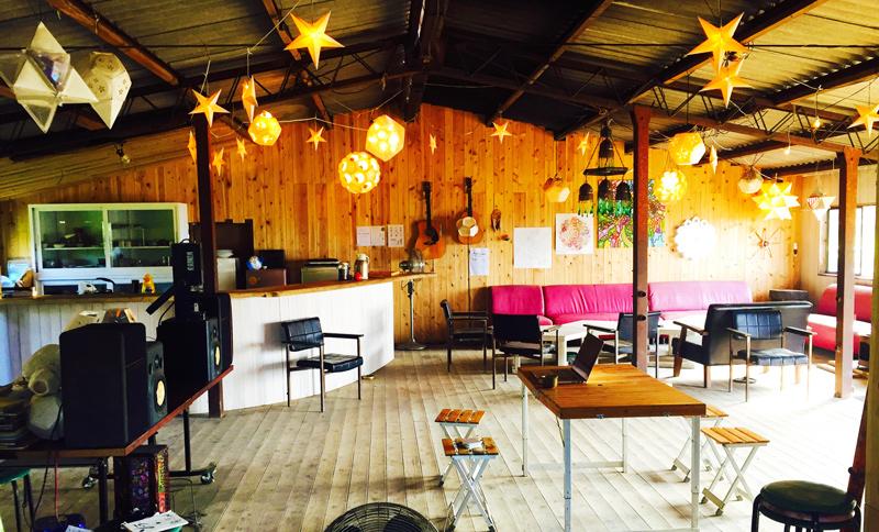 カフェ&シェアオフィス